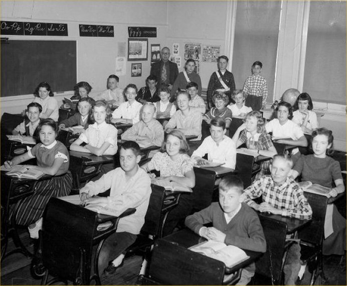 CulverSchool6thGradepic.jpg - 89589 Bytes